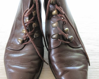 vintage leather lace up ankle boots by Saxone UK size 5