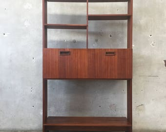 Mid Century Freestanding Drop Leaf Desk (9GC9YE)
