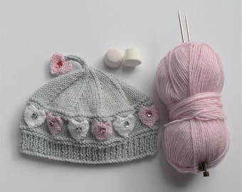 LITTLE HEARTS HAT