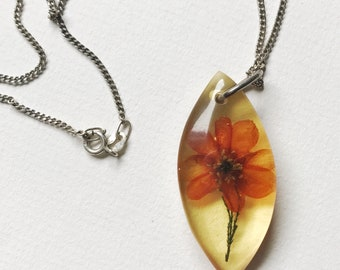Vintage Pessed Flower Lucite Sterling Silver Necklace