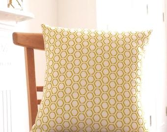 Cushion Honeycomb Print