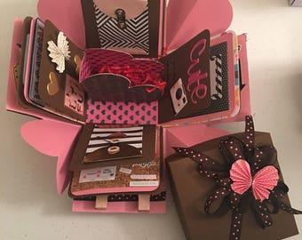 Love story exploding box