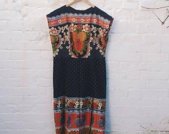 70s Print Dress with pleats