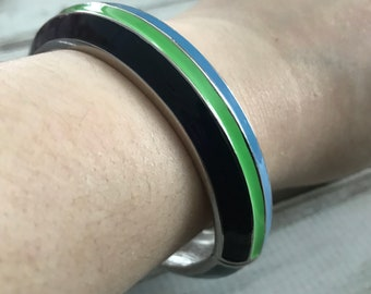 Retro 70s silver tone navy green and blue enamel clamper bangle bracelet striped bangle bracelet hinged bangle bracelet