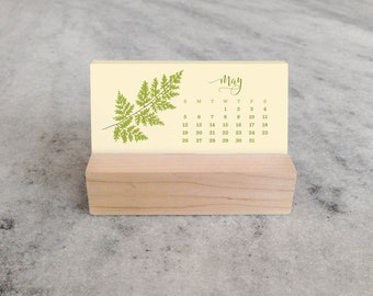 2019 Desk Calendar | Mini Desk Calendar 2019 with Wood Stand, Ferns | 2019 Calendar, stocking stuffer
