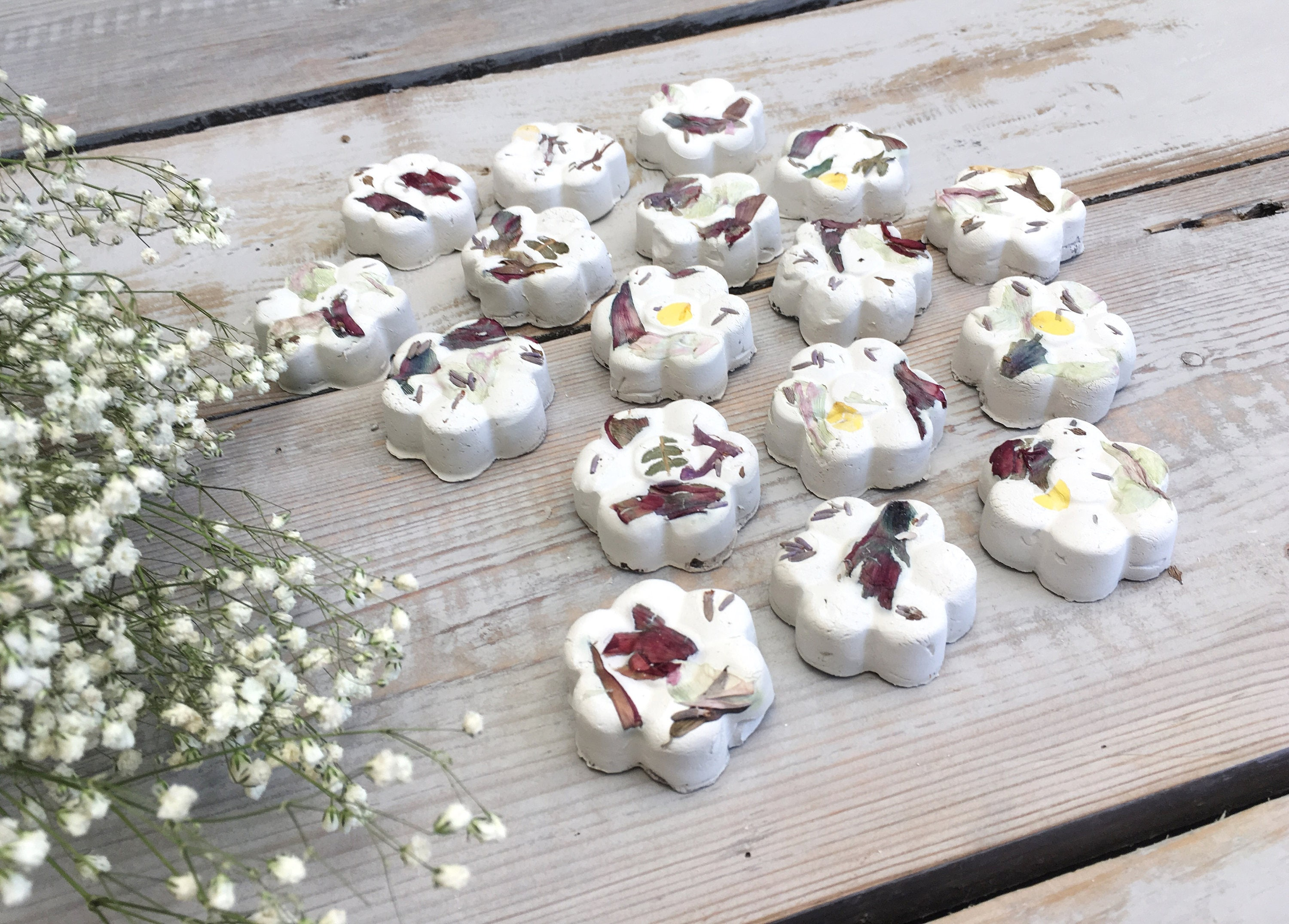 NEW Wildflower seed bombs British flowers for bees and