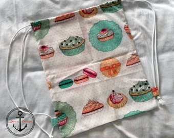 Backpack fabric cupcakes
