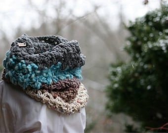 Made to order // extra large cowl / varied yarn and textures