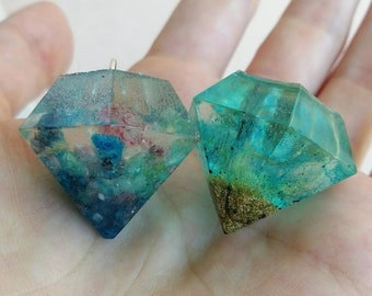 Resin Diamond - Pendant Necklace