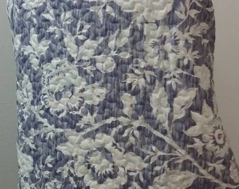 SUMMER SHWUG - Quilted Purple White Floral