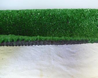 Artificial Grass 16 inches x 16 inches Artificial Turf Miniature Displays Grass Mat Table Runner Centerpiece Craft Grass Inside &Outdoor Use