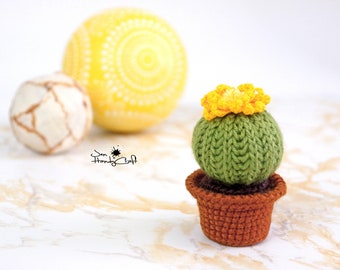 Stuffed cactus Desk decoration Artificial cactus Housewarming gift Home decor Plush cactus decor Stuffed cacti Home decoration Fake plant