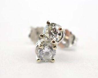 14K White Gold .45ctw Diamond Stud Earrings