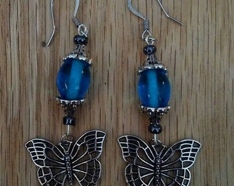 Butterfly dropped earrings