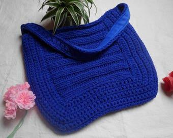 Great bag in blue wool