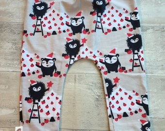 READY TO SHIP Christmas Hedgehog organic baby leggings by RBLeggings