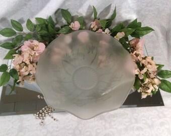 Herringbone Iris Serving/Fruit Bowl