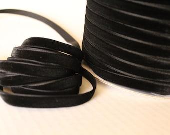 3/8 inch  (10 mm ) Black Velvet Ribbon / Single-face velvet ribbon  /  VRXMD38-03