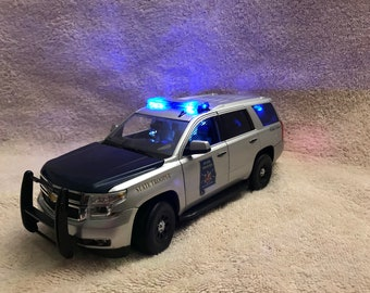 1/24 scale Norscot die-cast Alabama State Trooper Chevy Tahoe model car with working lights and siren