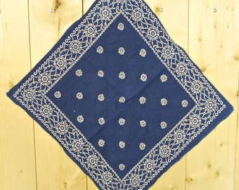 Vintage 1950's/60's Blue ELEPHANT Bandana TRUNK DOWN / Color Fast / Retro Collectable Rare