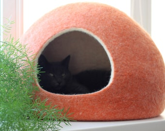 Pet bed, cat bed cave, pet cave, cat house, cat cave, small dog bed, woll felt cat cave, cat nap, gift for pets, cat furniture, cat bedding