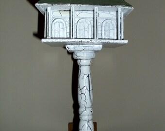 Primitive Pedestal Birdhouse