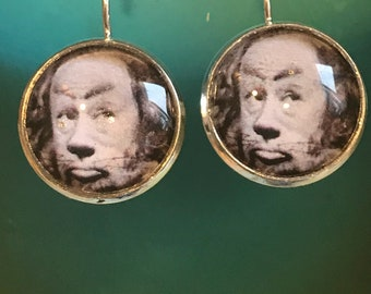 Wizard of Oz Cowardly Lion cabochon earrings- 16mm