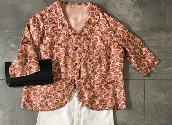 Vintage paisley blazer   Pink jacket   Fifties blazer   Peter Pan collar   Quarter sleeves   Colorful blazer