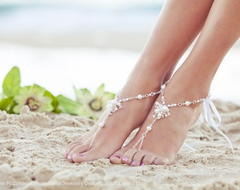 Barefoot sandals, beach wedding bridal jewelry, destination wedding sandals, wedding anklet, beaded sandals. JESSICA White Medium