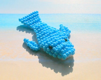 Beaded animals: whale in seed beads