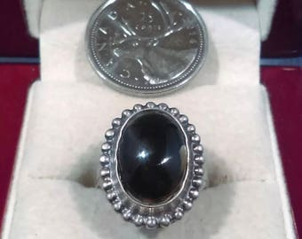 Beautiful Vintage Black Onyx Sterling Silver Ring