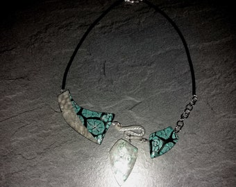 Ceramic and rubber necklace