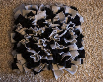 Nose work - Snuffle Mat - Free Shipping! - Black and Grey