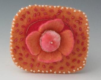 Felted Flower Brooch, Flower Pin, Brooch, Felted Pin, Flower Brooch, Pink Flower Pin