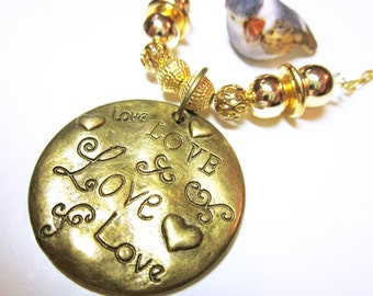 JEWELRY LOVE Engraved Gold Love Word Quote Pendant Round Love Necklace Gift Idea For Her