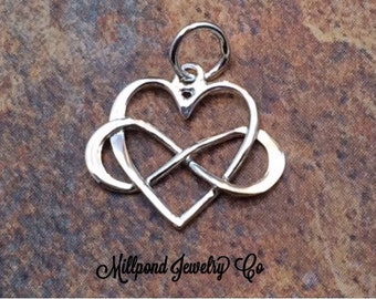 Infinity Heart Charm, Infinity Charm, Heart Charm, Infinity Link, Infinity Connector, Infinity Pendant, Sterling Silver, PS01179