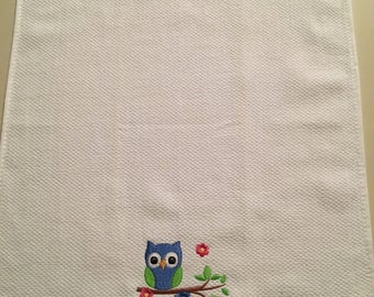 Embroidered Kitchen Towel/Tea Towel/Owl Design/Dish Towel