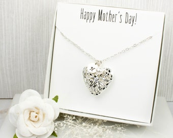 Heart Locket Personalized Silver Necklace, Silver Locket Necklace, Mothers Day Jewelry, Mothers Day Gift, Gift for Mom, Personalized Jewelry