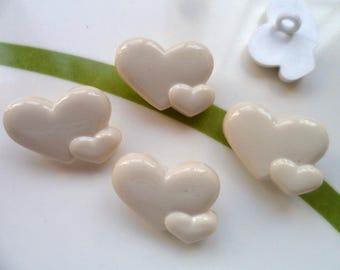 Set of 3 heart 15 * 20mm buttons cream love wedding