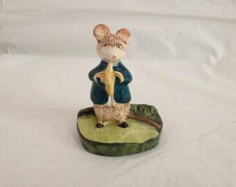 "Beswick Kitty MacBride ""A Snack"" 2531 ~ England ~ Ceramic Mouse Eating Banana"