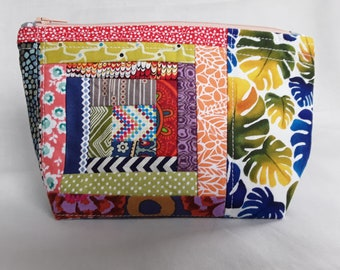 Wild Scrappy Log Cabin - Quilted Small Zipper Pouch