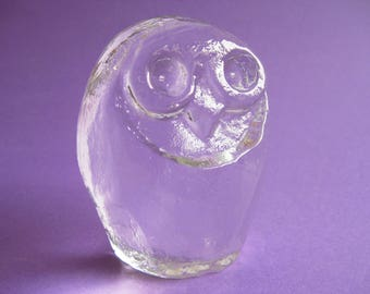 Vintage Claer Ice Glass Owl Paperweight Heavy Glass 1970's