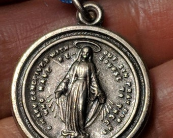 Big Sale 1950s Vintage Virgin Mary Silver Plated Religious Miraculous Medal Round Pendant