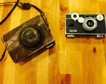 Vintage ARGUS camera and Case