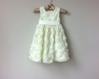 Sweet Little Flower Girl Dress, Sleeveless Ivory Party Dress, with White Rose Flower Appliques in Satin and Tulle with Tie Back Sash