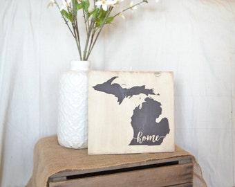 Rustic Michigan Sign // Wooden Mitten Sign // Michigan Home Sign // Michigan Decor // Michigan Gift