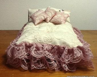 """1/12 """"Shabby Chic"""" exquisito encaje queen doble edredón, 2 almohadas, 3 cojines. ¡Flores orientales con oro Acentos-inversa! Registro O/mares"""