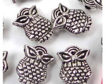 20 Antique Silver Pewter Owl Owlet Beads 10x8mm  (p199)