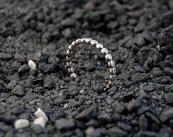Sterling silver bubble ring, sterling silver, oxidized ring, 2mm hammered friendship ring, beaded ring, handmade ring, bubble wire ring