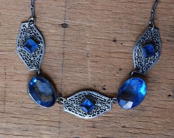 Vintage Art Deco 1930s blue glass filigree necklace